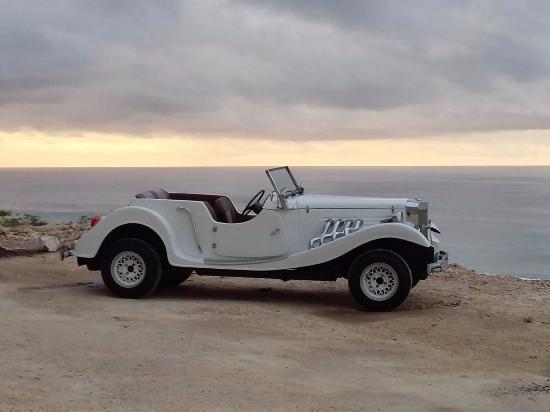 Mobil Marvia Pilhan Pre Wedding Di Pantai Melasti Foto Pantai
