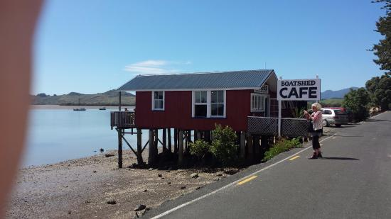 Boatshed cafe on a beautiful day in Rawene.