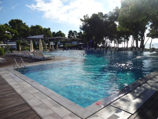 Arriv au club par bateau picture of club med for Piscine club med gym