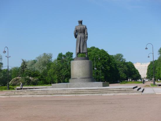 Monument to Zhukov