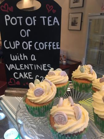 Take A Break Cafe: Feeling the L❤️ve in Take A Break today... Valentine's cupcakes on sale today ❤️