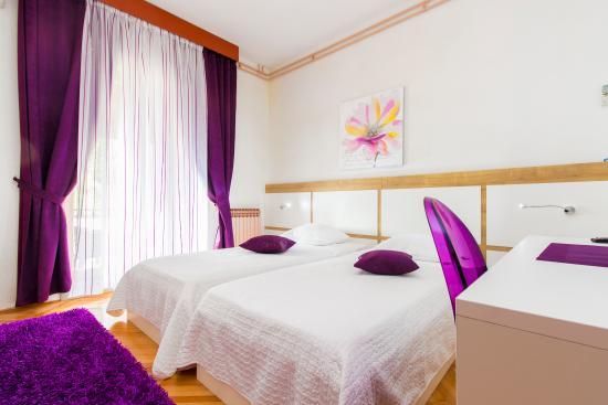 Brodarica, Kroatien: twin room