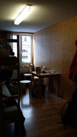Engelberg Youth Hostel: 20160206_085709_large.jpg