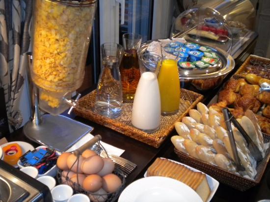 Hotel Le Fer a Cheval : petit déjeuner