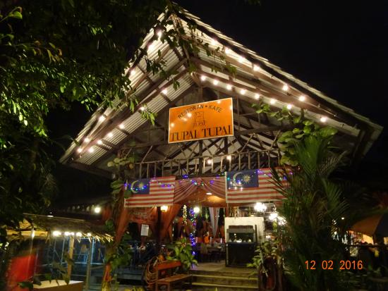 Tupai-tupai: Nice place but poor food