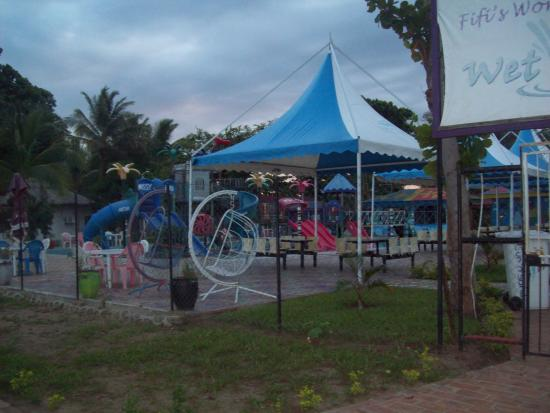 Sun n Sand Holiday Resort: adventure park for the kids