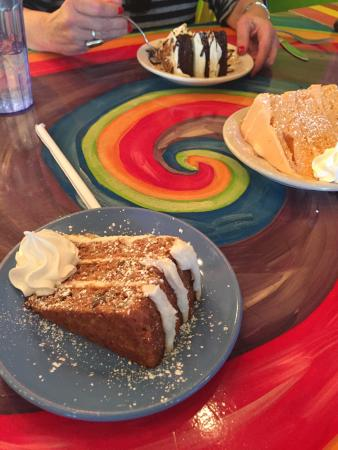 Johnson City, TN: Eclectic atmosphere and amazing desserts!