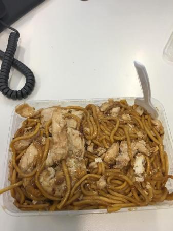 Parramatta, Australia: Hokkien Noodles, Chicken & Cashew Nut Sauce