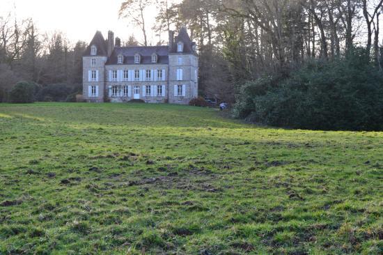 Château de Penfrat : vue sur l'arrière