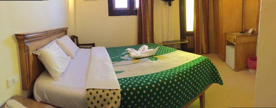 Dyarna Hotel: Panorma view of the room