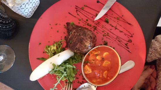Anderlecht, België: Filet pur Provencale