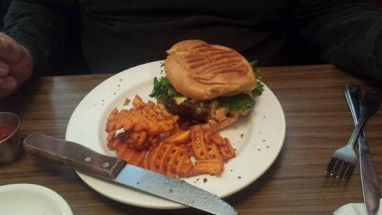 Sumter, ساوث كارولينا: Bacon Pimento Cheese Burger
