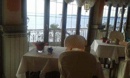20160212_084309_large.jpg - Foto di Hotel Bel Soggiorno, Toscolano ...