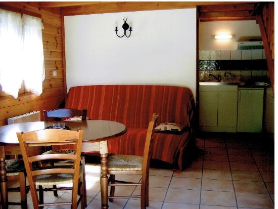 Peone, Frankreich: Séjour et coin cuisine