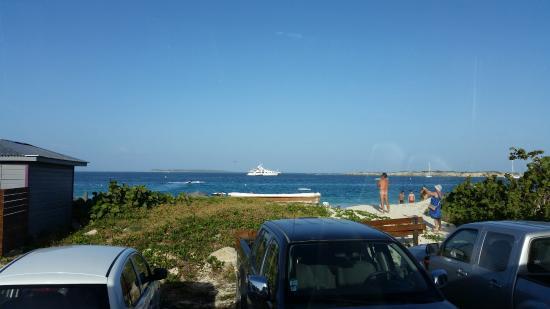 Orient Bay, Saint-Martin : Nu ?