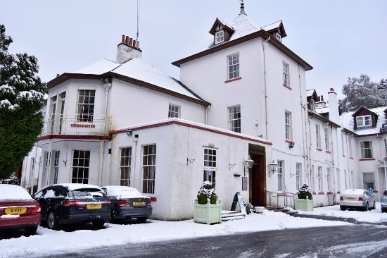 Dunkeld, UK: The main entrance to the hotel