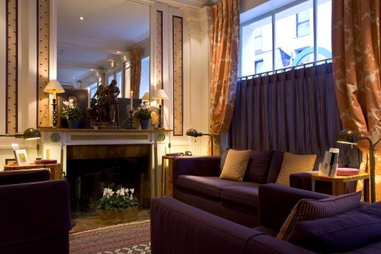 Hotel Le Saint Gregoire: Lobby