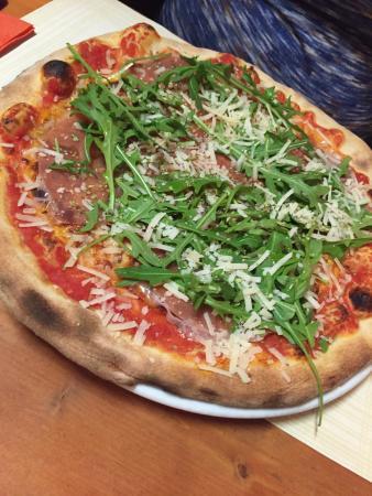 daisy pizza valby
