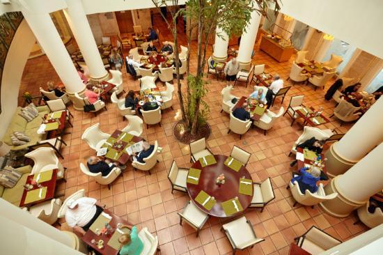 Pritikin Longevity Center & Spa: Dining Room