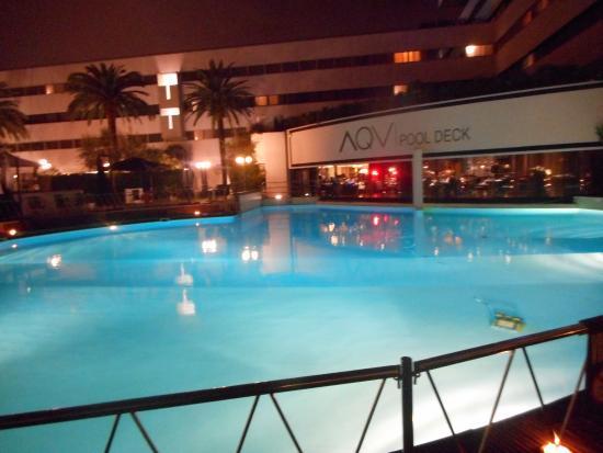 La piscina picture of sheraton roma hotel conference center rome tripadvisor - Hotel piscina roma ...