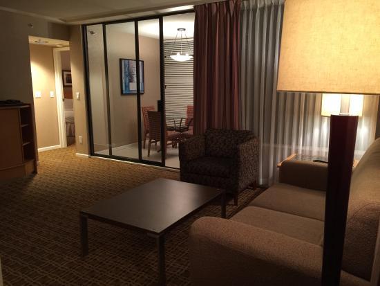 Landis Hotel Suites Photo