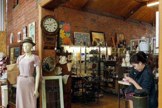Queenscliff Vintage Market
