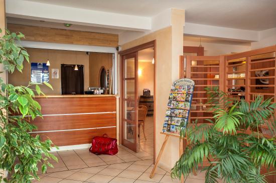 deltour hotel cahors france voir les tarifs 66 avis et 15 photos. Black Bedroom Furniture Sets. Home Design Ideas