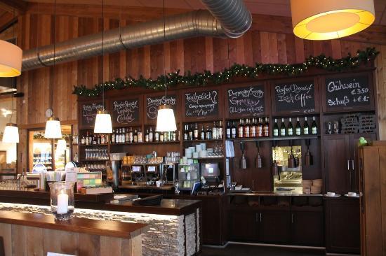 Restaurant Cafe-Bistro Woods