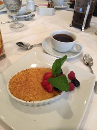 Alpharetta, GA: Creme Brulee for dessert