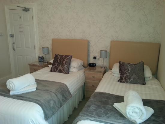 Hafan-y-Mor Guesthouse: Rm2 twin room
