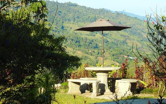 San Vito, Costa Rica: En av platserna i trädgården