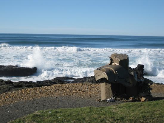 Yachats, OR: Smelt Sands State Park, rocky shoreline