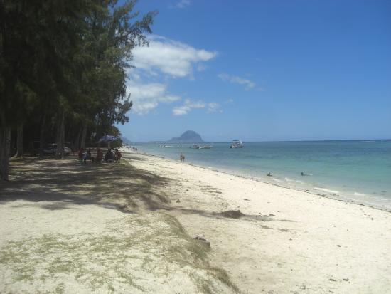 Flic en Flac: Flic-en-Flac beach