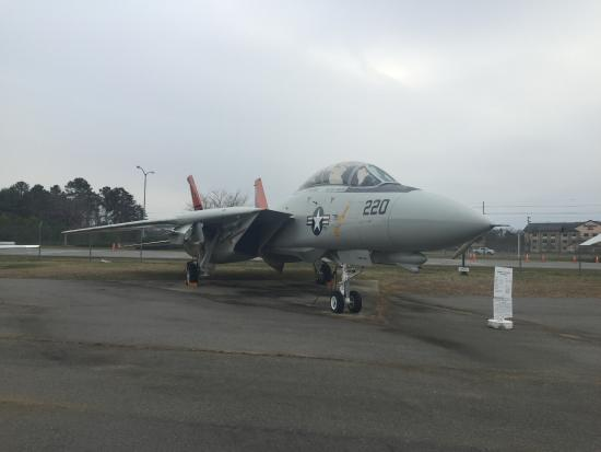 Lexington Park, MD: Grumman F-14 Tomcat