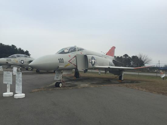 Lexington Park, MD: McDonnell-Douglas F-4 Phantom