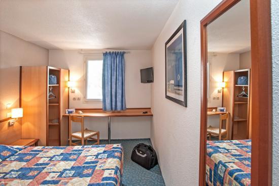 deltour hotel millau france voir les tarifs 85 avis et 34 photos. Black Bedroom Furniture Sets. Home Design Ideas