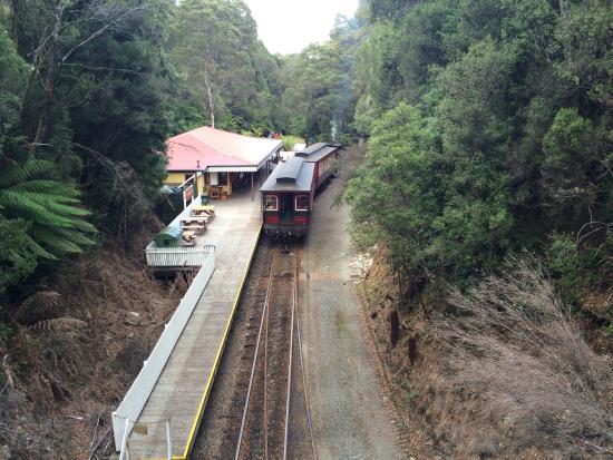 Strahan, Australie : One of the train stops