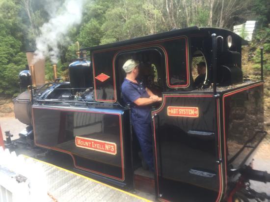 Strahan, Australia: Engine waiting to leave