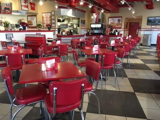 Grand Island, NE: restaurant