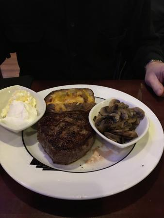 Johnny's Bar & Steakhouse: The appetizer and our meals were amazing. I don't like steak but had a taste of my husband and i