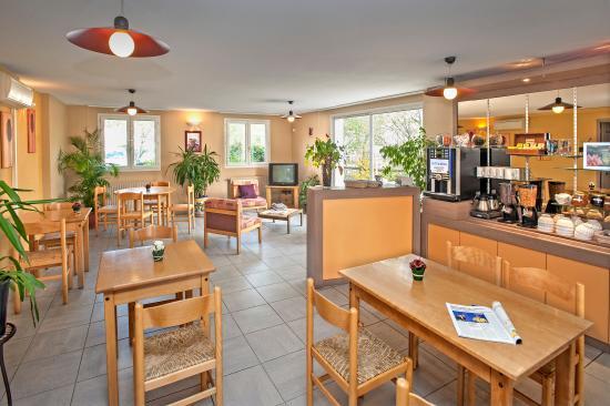 deltour hotel millau france voir les tarifs 89 avis et 34 photos. Black Bedroom Furniture Sets. Home Design Ideas