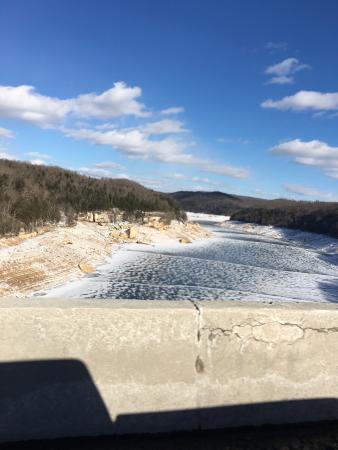 Summersville Dam: photo1.jpg