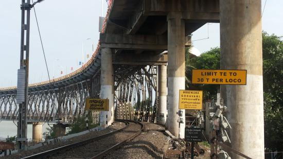 road cum railway bridge approach picture of godavari
