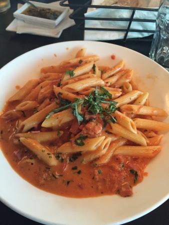Manhattan Beach, CA: Lido's famous vodka pasta