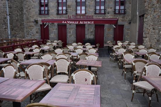 Αββαείο του Μον-Σαιν-Μισέλ: 2016年1月的聖山餐廳是關閉的