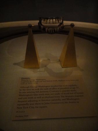 Mount Vernon, VA: Washington's dentures