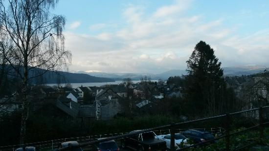 Windermere Hydro Hotel: Bar and stunning views