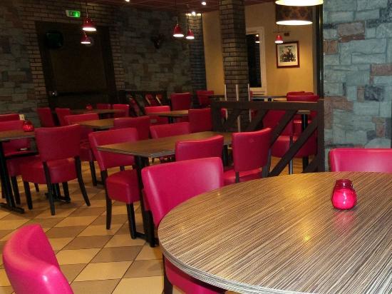 Hotel Crocus : Restaurant, salle des petit déjeuners