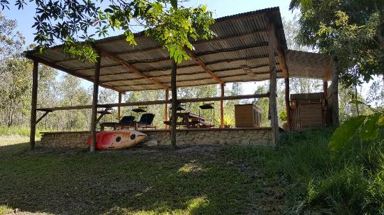 Julatten, Australia: The grounds are fantastic including the platypus viewing are. Great place to relax and enjoy a g