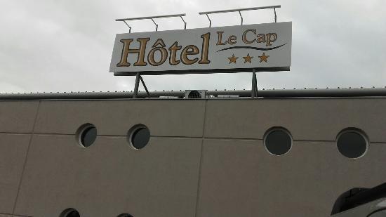 Inter-Hotel Le Cap : Très bon accueil au standard avec Kevin, chambre bien préparée pour la Saint-Valentin,  et repas